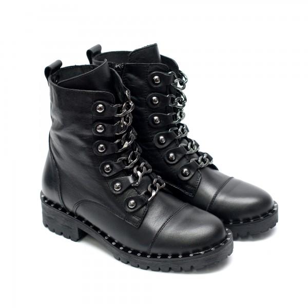 Зимни дамски боти от естествена черна кожа, с метални синджири и капси-958