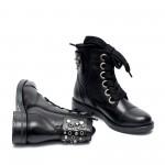 Зимни черни дамски боти с капси и широки връзки от естествена кожа-955