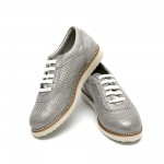 Дамски ежедневни обувки от естествена кожа сребристи - 120