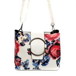 Дамска малка чанта в интересен принт на цветя от еко кожа-а502