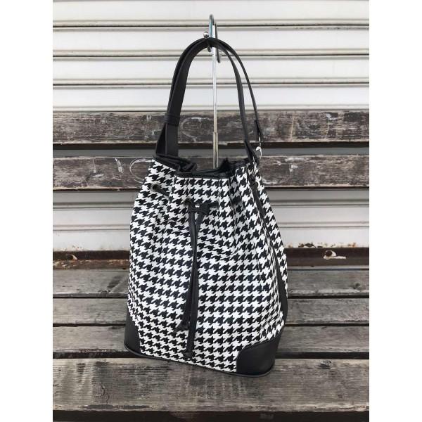 Ежедневна дамска чанта с пепитен принт от еко кожа-1132