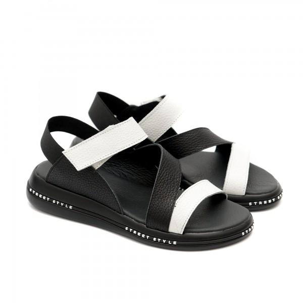 Дамски сандали от естествена кожа в черно и бяло с ластик и лепенка-1122