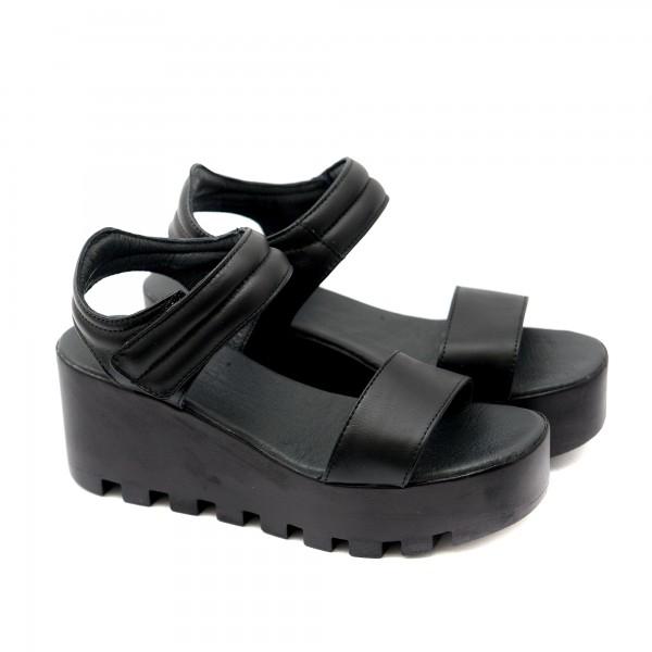 Черни дамски сандали от естествена кожа с  велкро-1124