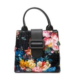 Стилна дамска чанта в черно кроко от еко кожа в свежи флорални мотиви-2
