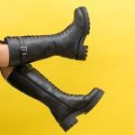 Дамски ботуши от естествена кожа в черен цвят на удобно ходило-1860