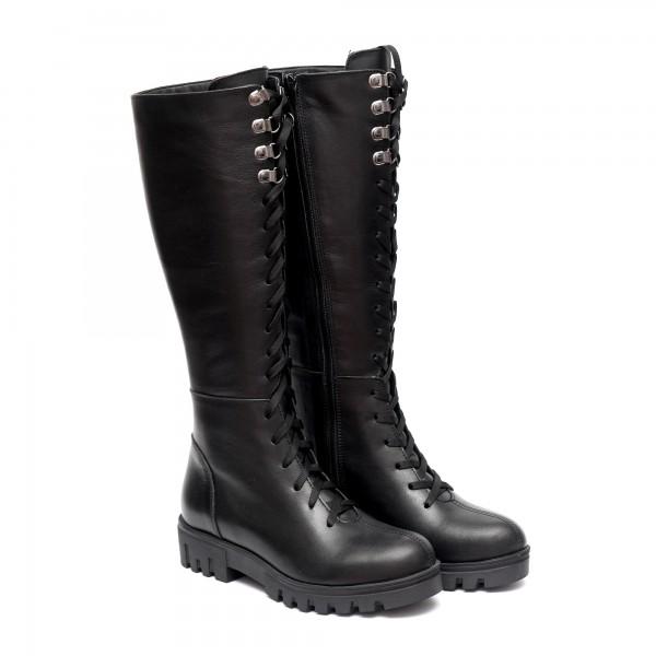 Дамски ботуши от естествена кожа в черен цвят с връзки и цип-678