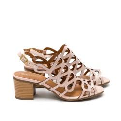 Дамски сандали от естествена кожа в пудра-420