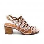 Дамски сандали от естествена кожа в цвят пудра с нисък ток-
