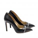 Дамски елегантни обувки от естествена кожа черни с перли - 422