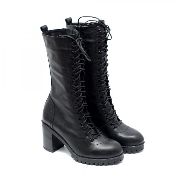 Елегантни дамски ботуши от естествен кожа черни с широк ток-1044