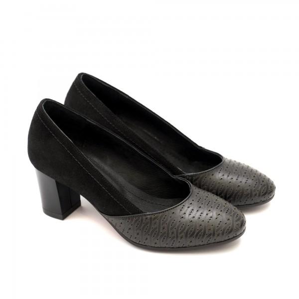 Дамски елегантни обувки от естествена кожа и велур в черно с широк ток-1233