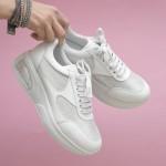 Ежедневн дамски обувки в бяло и сребристи елементи от естествена кожа на удобно ходило-1652