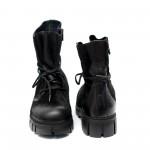 Ежедневни дамски боти изработени от висококачествен естествен велур в черен цвят и връзки-593