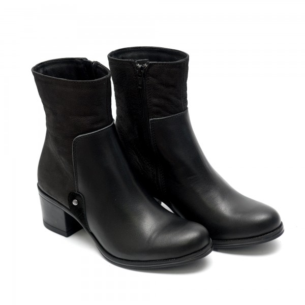 Дамски елегантни боти от естествена кожа с нисък ток черни-603