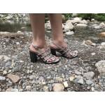 Дамски сандали от естествена кожа сребристи с капси-480
