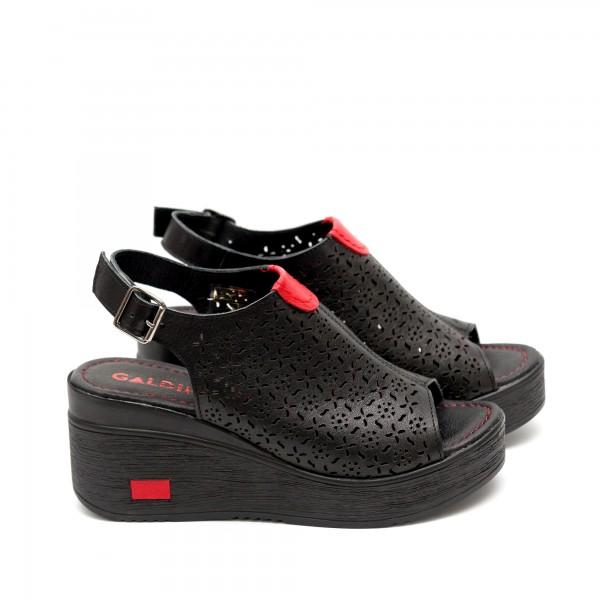 Дамски сандали от естествена кожа на платформа черни-471