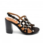 Дамски сандали от естествена кожа черни с капси-470