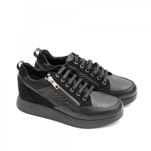 Дамски обувки от естествена кожа , велур с връзки и цип-1425