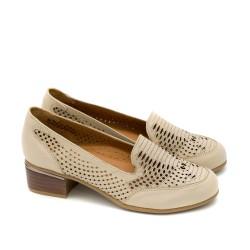 Дамски обувки от естествена кожа в бежов цвят с удобен ток-739