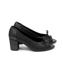 Дамски обувки летни от естествена кожа черни с ток-428