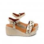 Дамски сандали от естествена кожа златисти с перли-458
