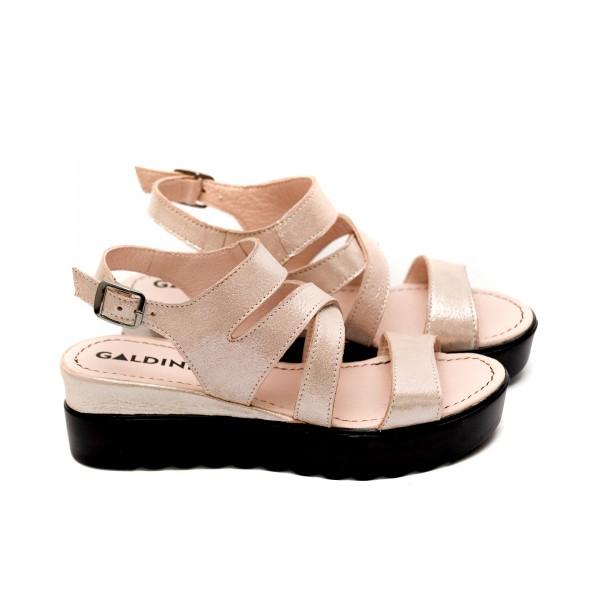 Дамски сандали от естествена кожа пудра-465