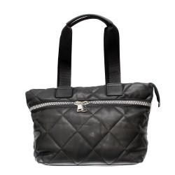 Дамска спортно-елегантна чанта в черен цвят с ефектни ципове-1519