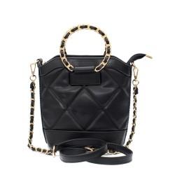 Елегантна дамска чанта от еко кожа със златисти метални елементи-3-1524