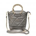 Елегантна дамска чанта от еко кожа със златисти метални елементи-1-1524