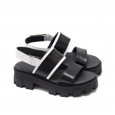 Дамски сандали от естествена кожа в черно и бяло-0237