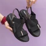 Удобни дамски сандали, в комбинация от естествена кожа и ластици-1674