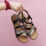 Дамски ежедневни сандали от естествена кожа в черни и сребро-874