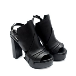 Дамски черни сандали на ток от естествена кожа-793
