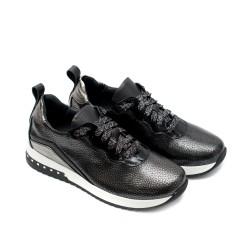 Спортни дамски маратонки от естествена кожа и лак в черно и сребристо-786