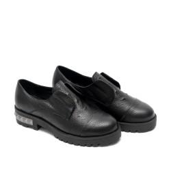 Дамски елегантни обувки от естествена кожа черни с ластик-560
