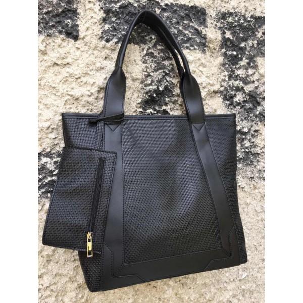 Дамска ежедневна чанта в черно-698