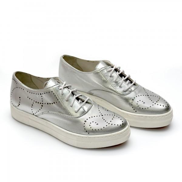 Дамски пролетни спортни обувки от естествена кожа сребристи с връзки-728