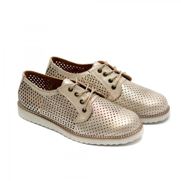 Дамски летни обувки от естествена кожа  златисти с лазерна перфорация и връзки-718
