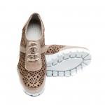 Дамски летни обувки на платформа от естествена кожа в цвят пудра с перфорация и връзки-720