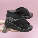 Дамски чехли от естествен велур и модерно за сезона ходило-1613