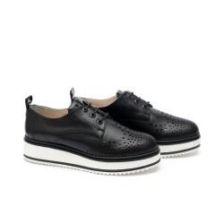 Дамски ежедневни обувки от естествена кожа черни с връзки - 341