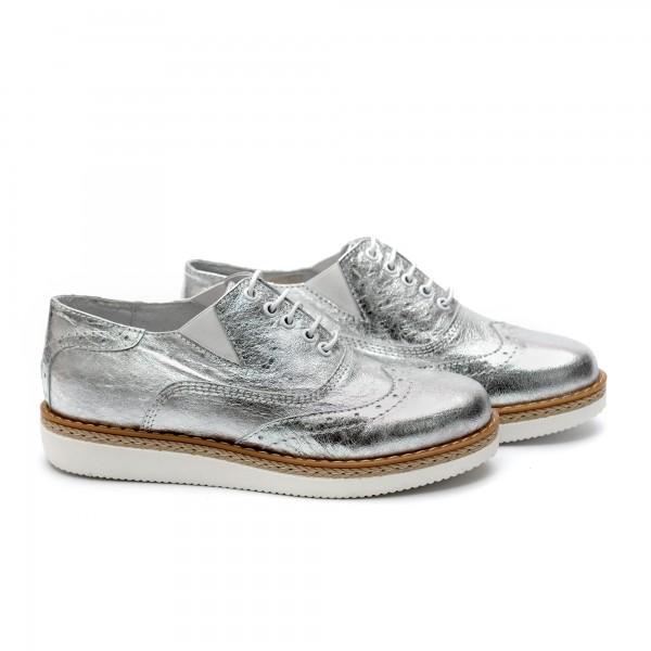 Дамски обувки от естествена кожа сребристи - 343
