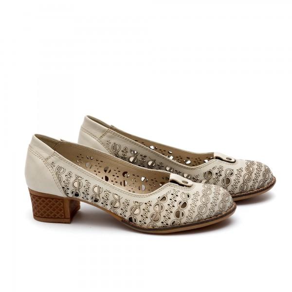 Дамски обувки от естествена кожа бежови -37