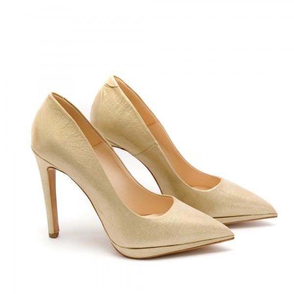 Дамски елегантни обувки от естествена кожа златисти с ток - 54