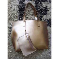 Дамска ежедневна чанта от еко кожа златиста - 96