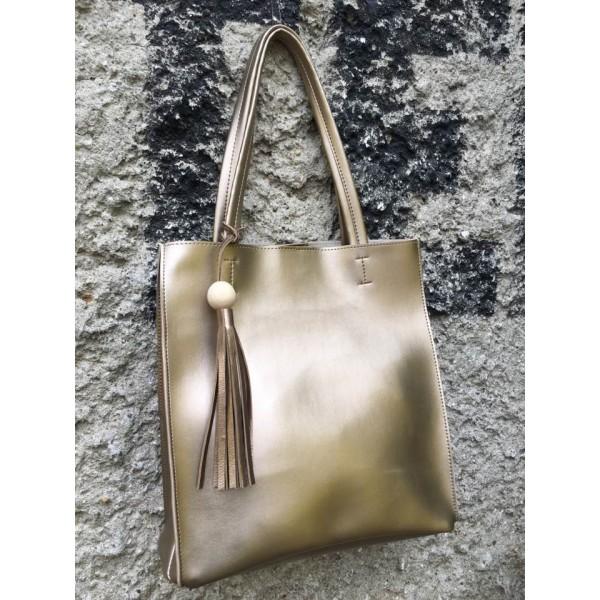 Дамска чанта от еко кожа златна - 82