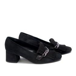 Дамски обувки от естествен велур с ресни - 103