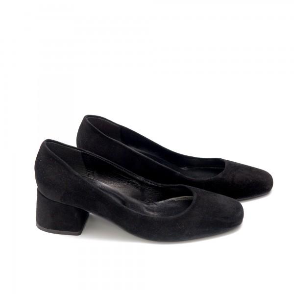 Дамски обувки от естествен велур черни - 73