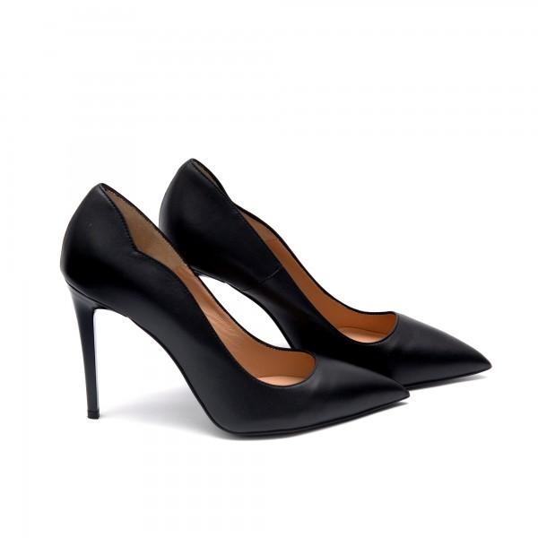 Дамски обувки от естествена кожа черни с ток - 64