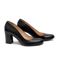 Дамски обувки от естествена кожа черни с ток - 184